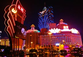 Casino_Lights_In_Macau