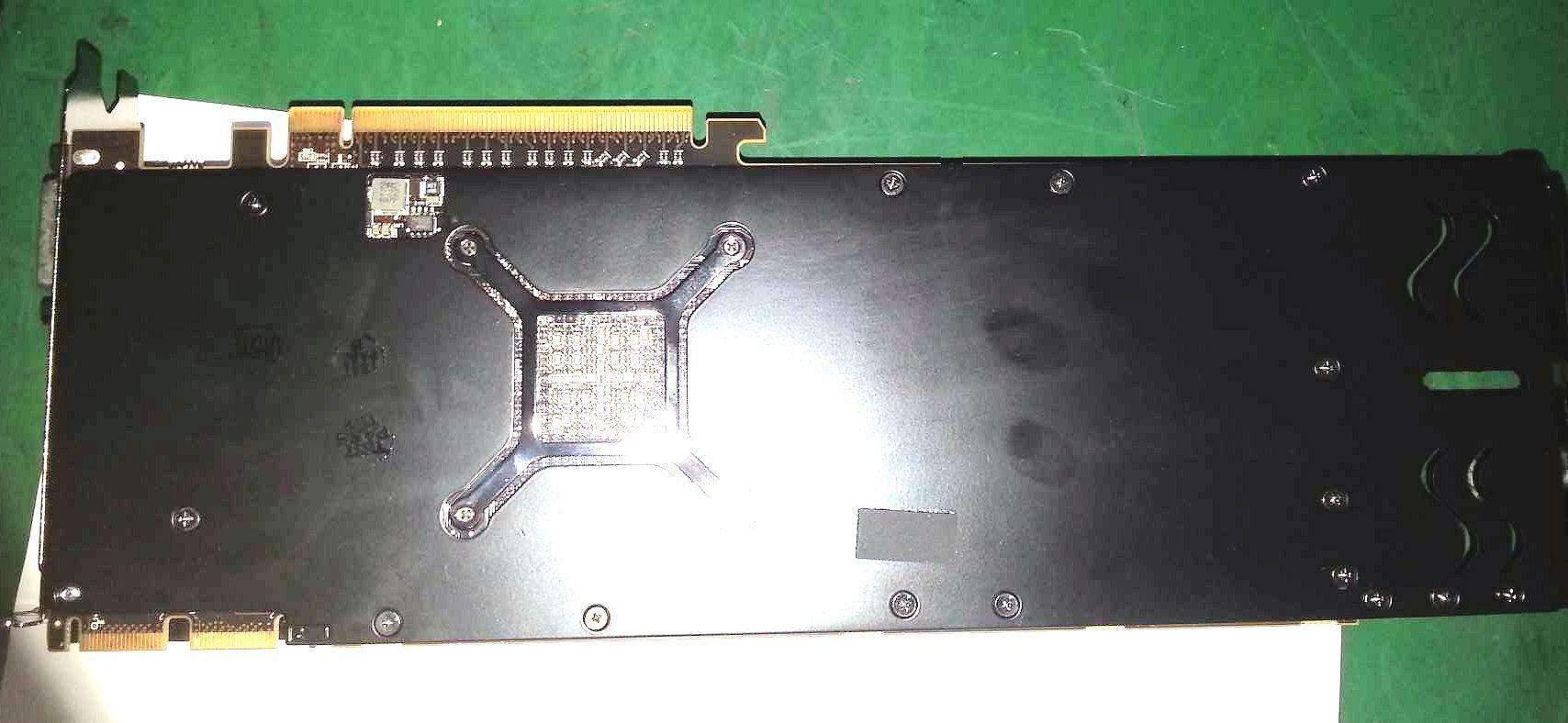 Radeon HD 8950 OEM (1)