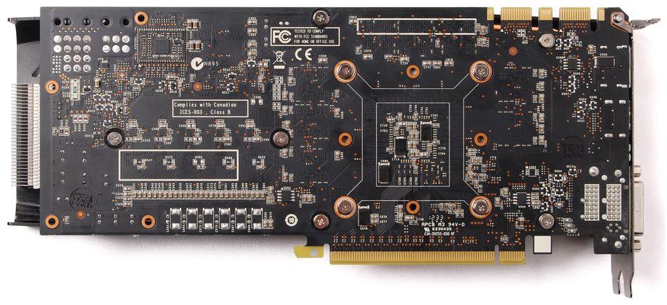 ZOTAC GTX 680 AMP! Edition DualSilencer (5)