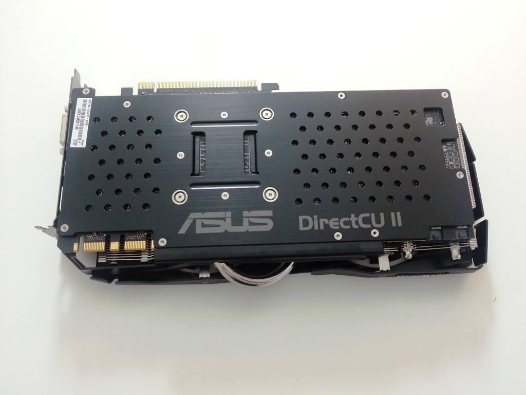 ASUS GTX 780 DirectCU II OC Edition (2)