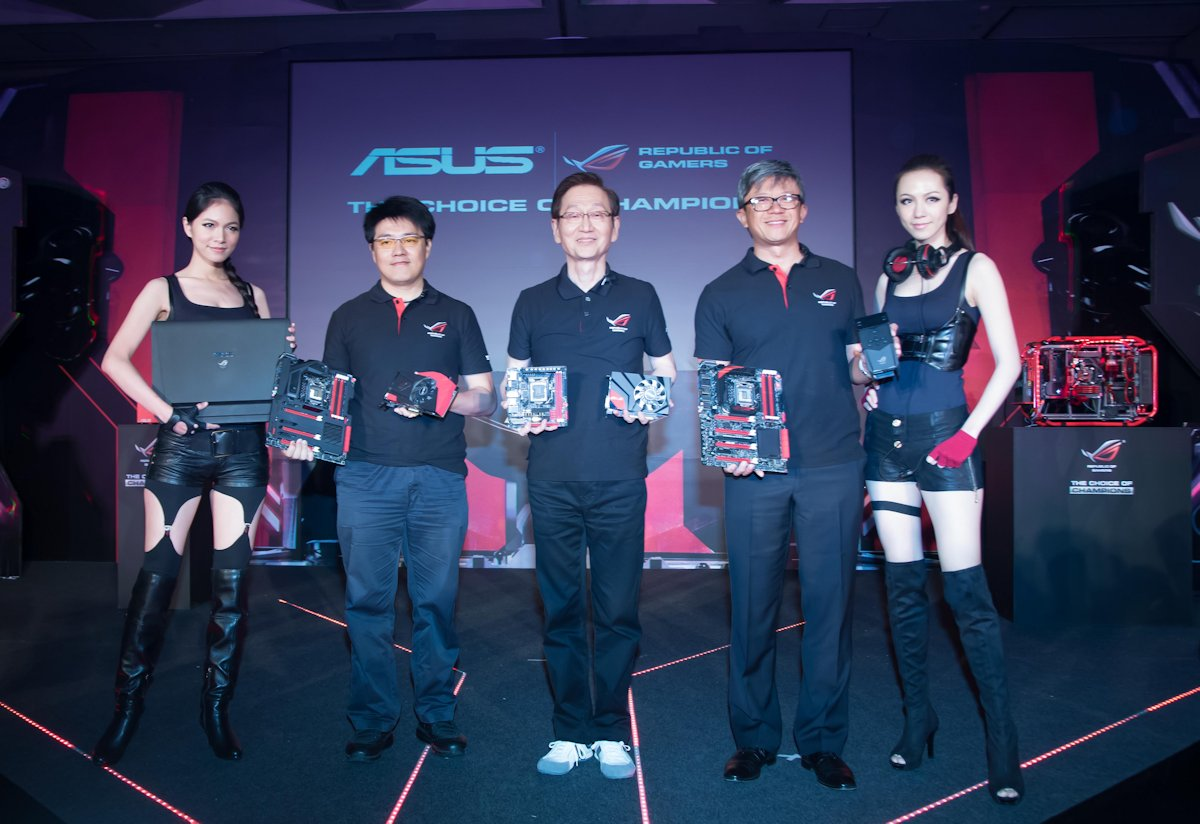 ASUS Top Management Presents the full ROG Product Line-Up