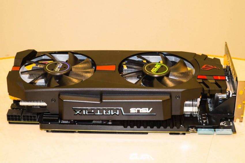 ASUS Radeon R9 280X ROG Matrix (4)
