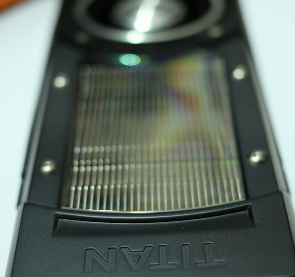 NVIDIA GeForce GTX TITAN Black Edition (2)
