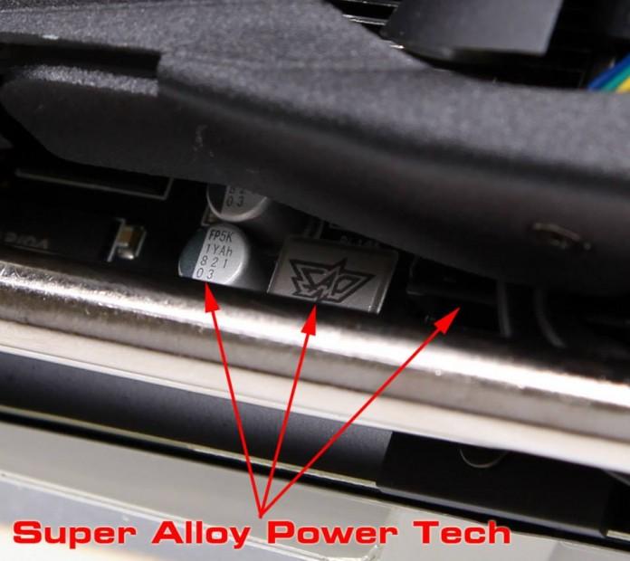 ASUS Radeon R9 290X DirectCU II (2)