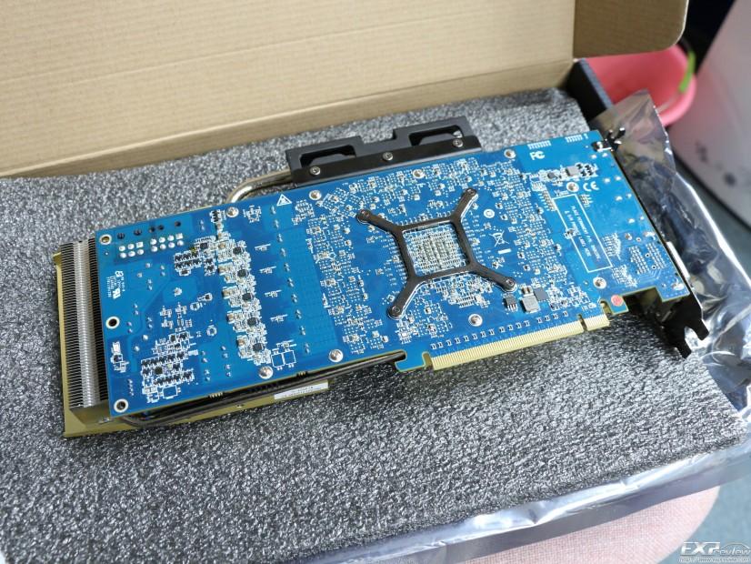 HIS Radeon R9 290X IceQ X2 Turbo (4)