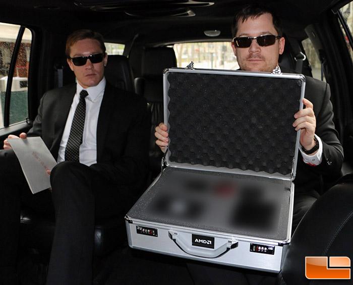 AMD Radeon R9 295X2 briefcase (4)