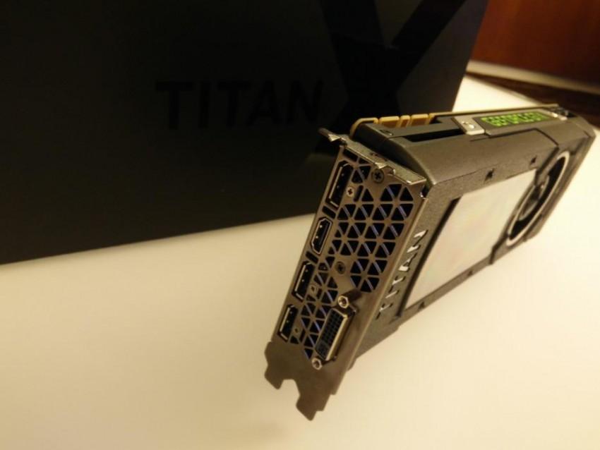 GTX TITAN X MaximumPC (1)