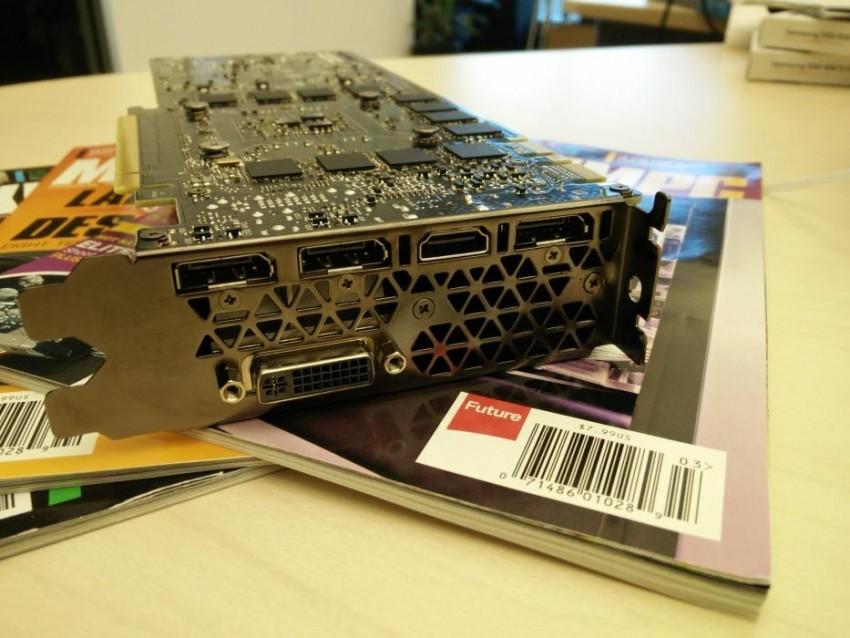 GTX TITAN X MaximumPC (6)