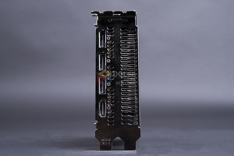 AMD Radeon R9 Nano (6)