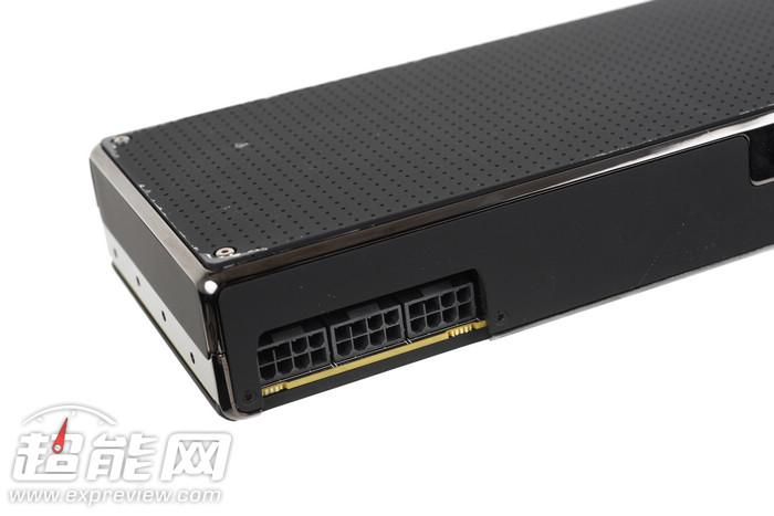 Radeon_Pro_Duo_12