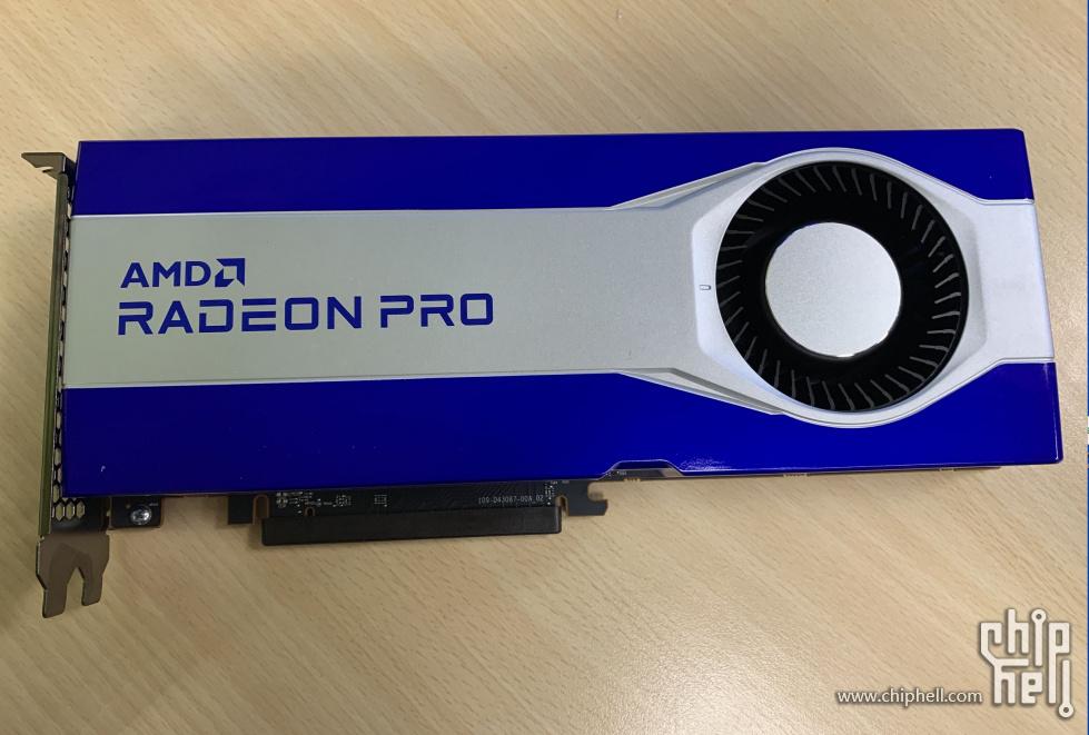 AMD Radeon PRO W6800 замечена с 32 Гб памяти