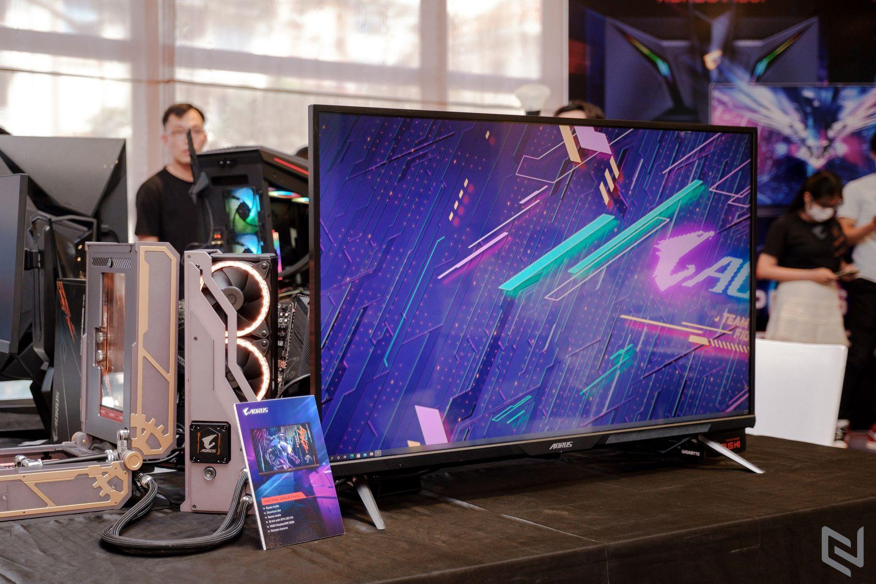 Gigabyte showcases AORUS FV43U 4K 43-inch 144Hz gaming monitor – VideoCardz.com