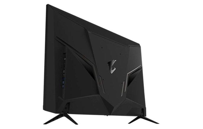 Gigabyte AORUS FV43U monitor 4